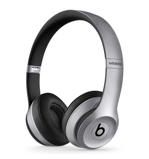 Beats solo2 wireless
